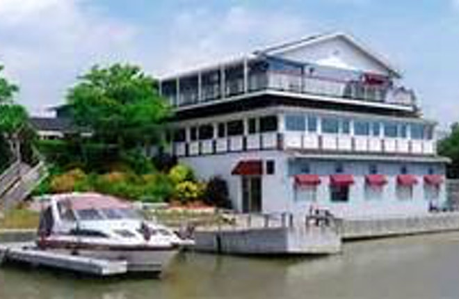 Bobby C's Dockside Restaurant