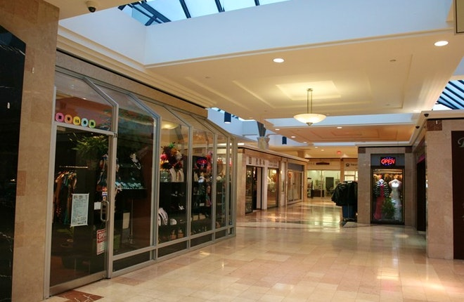 Shoppes of the Parkway
